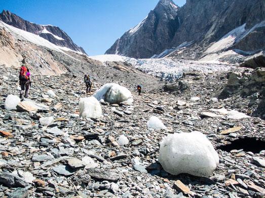 Wir laufen hier schon auf dem Gletscher