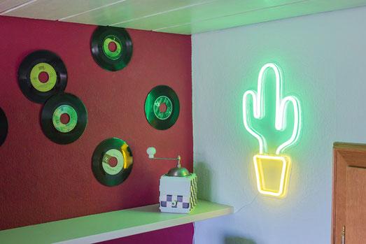 Küche, American Diner, Wohnstil, schöner wohnen, Neonschild