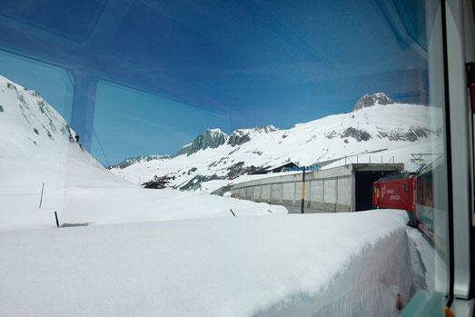 Oberalp Pass, Glacier Express, Switzerland, snow
