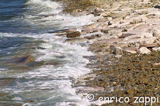 Vallugola, un angolo di una parte della costa.
