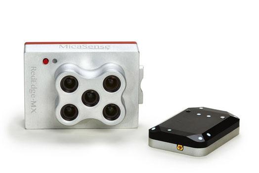 La cámara multiespectral RedEdge M puede adaptarse a drones profesionales..