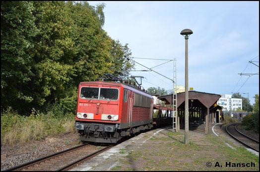 Ein weiteres Mal begegnet mit die Lok mit dem EZ 50807 am 26. September 2018 in Chemnitz-Mitte