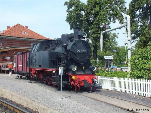 Im Bf. Kühlungsborn West findet man auch ein kleines Eisenbahnmuseum. Auch 99 332 kann man dort betrachten. Die Lok hat ihre Tage unter Dampf längst hinter sich (25. Juli 2014)