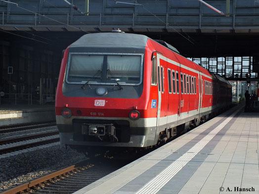 610 014 (und davor 610 001) kam am 17. Juli 2013 als RE zwischen Dresden und Hof zum Einsatz. Hier fährt der Zug in Chemnitz Hbf. ein