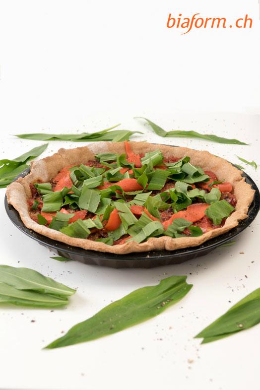 gesunde Pizza, Bärlauch Rezepte, Bärlauch Lachs Pizza, Pizza mit Dinkelteig, Blog Schweiz