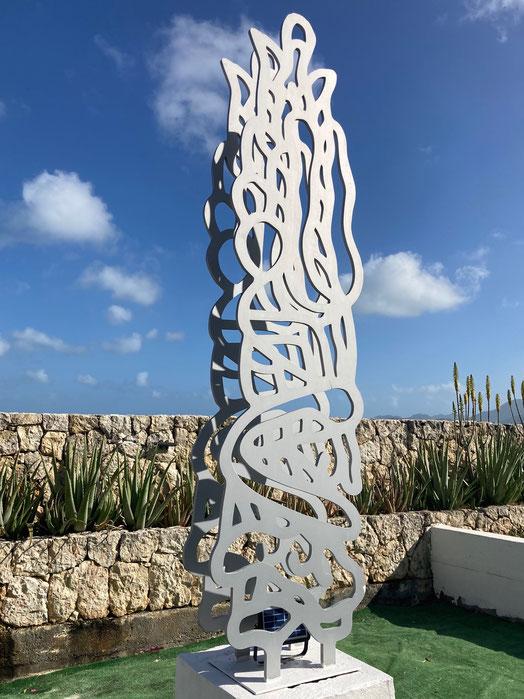 Découpe Aluminium double sur socle. Hauteur 300 cm Nom: Double Métalon 2016 Ici collection privée Caraïbes
