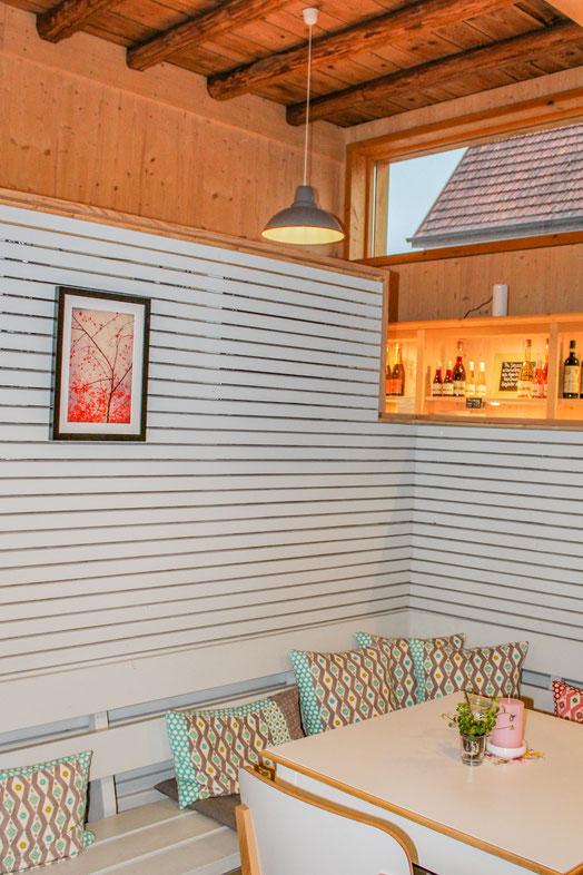 Natürliches Scheunenflair im Herzen von Betzingen, Cafe Betzingen, gemütliche Atmosphäre für einen Kaffee