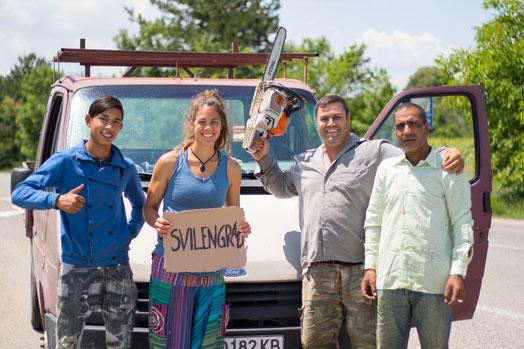 Hitchhike with 3 gardeners towards Svilengrad