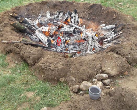 Töpferwaren im Grubenbrand von Sönke Schnoor