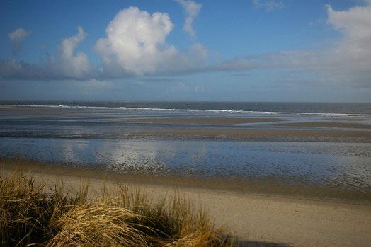 Blick über den Spiekerooger Strand - menschenleer