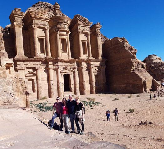 In der Ruinenstadt Petra in Jordanien