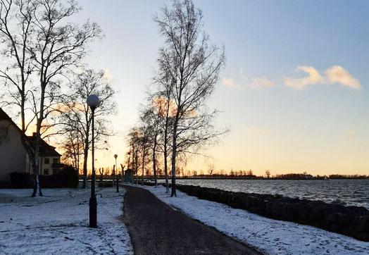 Ein leider sehr seltener Anblick diesen Winter: Vadstena bei Schnee