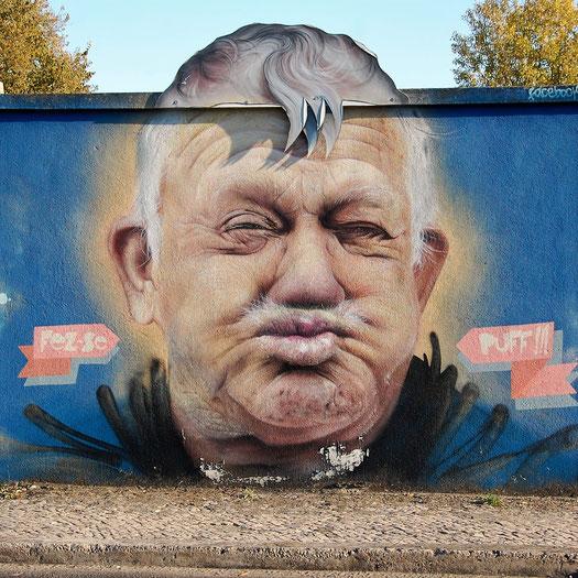 Smile - Muro Azul, Lisbon 2017 / ©street-a-tag