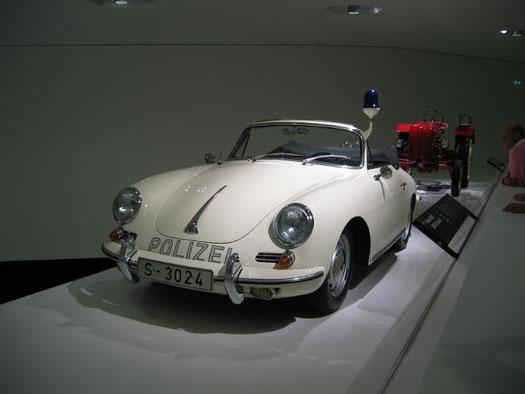 """Seinerzeit schon eine Legende: Der Porsche 356 """"Super 90"""" , der bei der Autobahnpolizei eingesetzt wurde"""