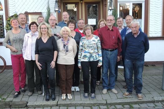 Alle Teilnehmer vor dem alten Brauhaus