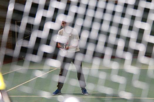 Tennishalle für Training und Fitness