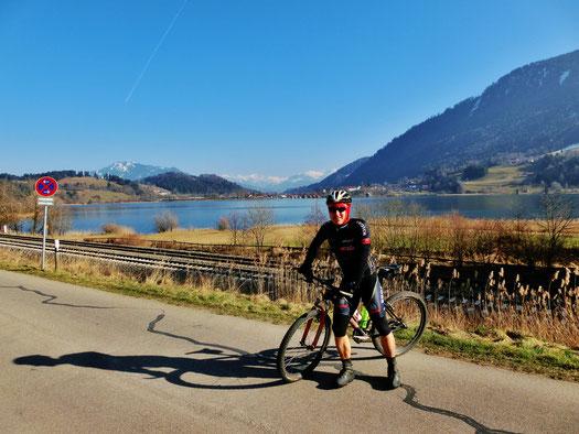118 Km Biketour durch's Oberallgäu bei schönstem Frühjahrswetter (Aufnahme: Alpsee Immenstadt)