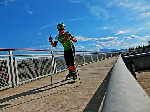 Erste Einheit auf Skates für den Winter über 32 Kilometer