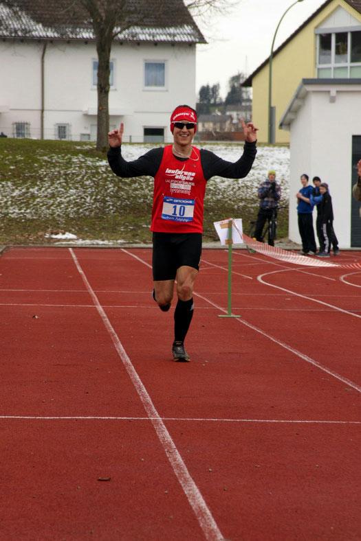 Gesamtsieger in 01:13:44 Stunden