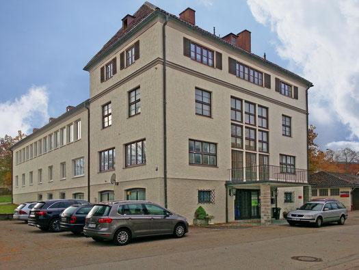Außenansicht des Pilatesstudios Kristina Wagner in Obergünzburg im Allgäu