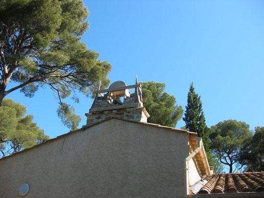 bell-tower-stone-arch-creation-bormes-var-83