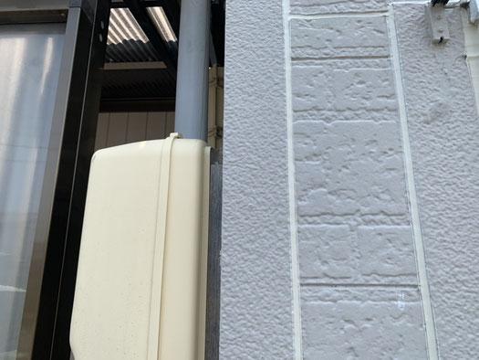 大垣市、養老町、上石津町、輪之内町、安八町、神戸町、垂井町、瑞穂市、池田町で外壁塗装工事中の外壁塗装工事専門店。大垣市稲葉西で外壁塗装工事/外壁のシーリング作業中