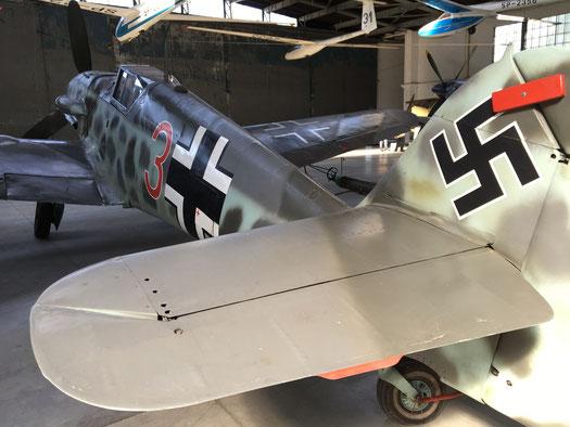 Visitar Museo de la Aviación en privado y en español
