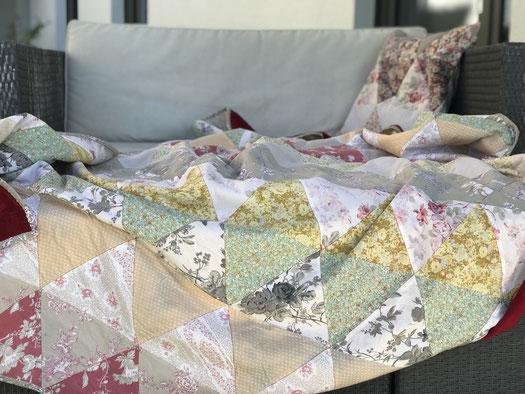 Patchworkdecke Quilt mit Rautenmuster