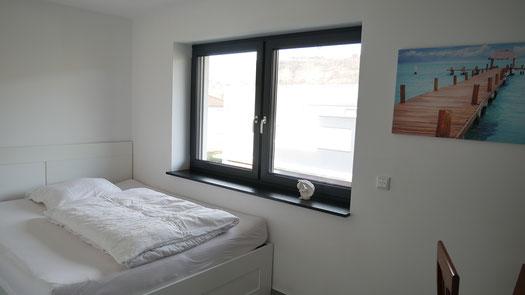 Schlafzimmer mit Doppelbett (160 x 200)