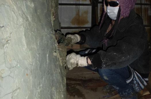 立花雪 YukiTachibana  ひみこ窯を瓦粘土で補修