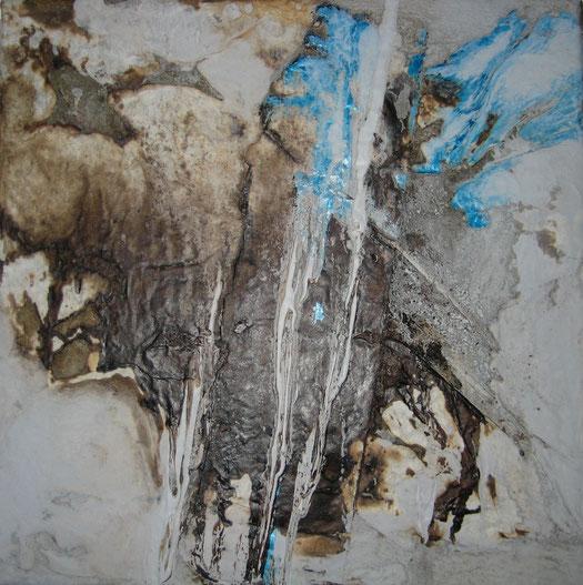 ohne Titel, 30 x 30 cm, Seidenpapier, Schellack, Acrylfarbe, Lack
