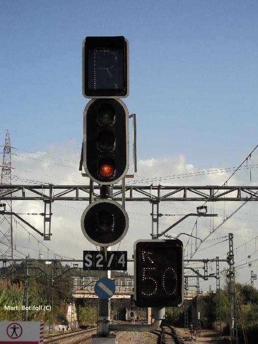 3 - Señal de Salida Castellbisbal lado Molins/Rubí/Can Tunis indicando que el itinerario está dispuesto para Rubí