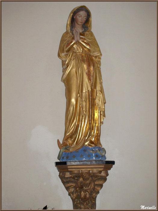 Statue de la Vierge dans l'église Saint Laurent, village d'Aas, Vallée d'Ossau (64)