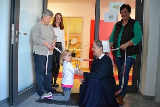 von links nach rechts: Karin Seibet (MA Kindergarten), Katja Winkler (Leiterin Krippe), Sr. Elfriede Distler (Leiterin Kindergarten), Sabine Thieme (MA Kindergarten)