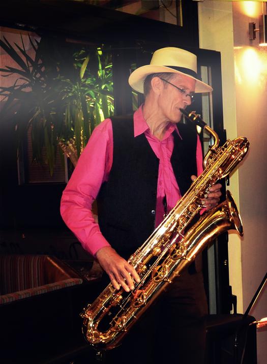 Events lassen sich mit Live-Musik durch einen Saxophonisten abrunden