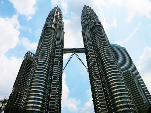 Das Wahrzeichen Malaysias - die Petronas Towers