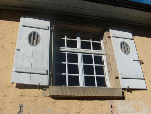 Fenster Nr. 5.