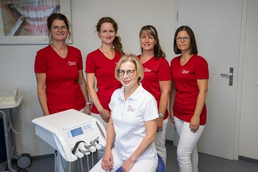 Zahnarztpraxis Rimsa, Naunhof, gesunde Zähne, Gesundheit, Implantate, Wohlfühlatmosphäre, Zahnschmerzen, schönes lächeln