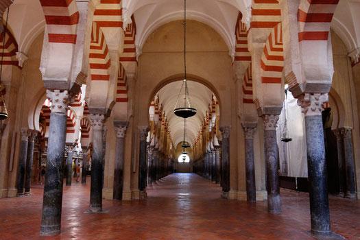 Torbögen in der Mezquita, Cordoba