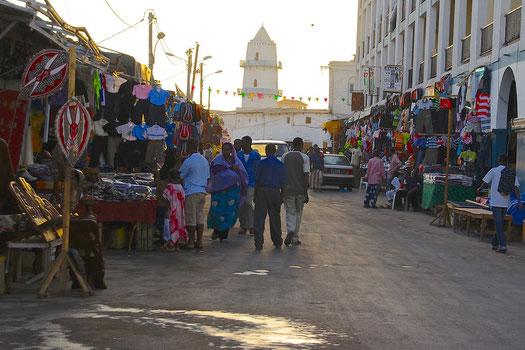 Meine Höhepunkte in Djibouti - Der Flug aus Äthiopien mit Air Djibouti Die Stadt Djibouti und die Hitze