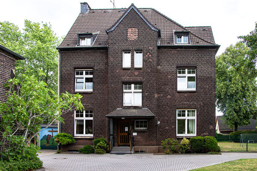 Pfarrhaus mit Pfarrbüro Duisburg-Buchholz