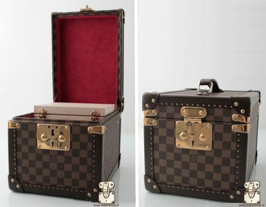 Louis Vuitton bottle box - red damier