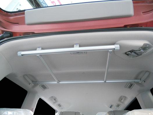C26セレナ用の収納室内キャリアとして便利な内装トランポアイテムです。