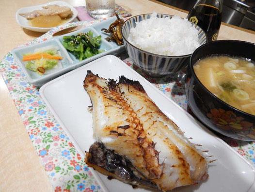 三吉橋通商店街 居酒屋釜山 ランチメニュー お魚定食