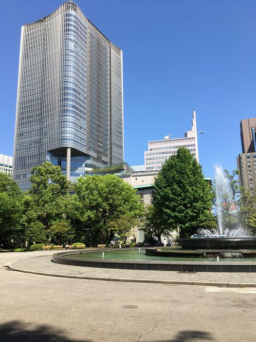 「東京ミッドタウン日比谷」を日比谷公園から望む