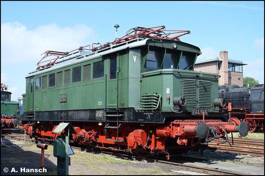 Am 29. August 2015 entstand ein weiteres Bild der Lok im SEM Chemnitz. Anlässlich des 24. Heizhausfests ist die Maschine im Gelände ausgestellt
