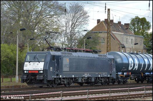 Am 05. Mai 2021 durchfährt 189 159-7 mit Kesselwagenzug Leipzig-Wiederitzsch
