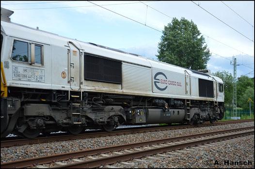 Am 15. Juni 2016 konnte ich 266 447-2 in einem Lokzug am ehem. Abzw. Furth in Chemnitz fotografieren