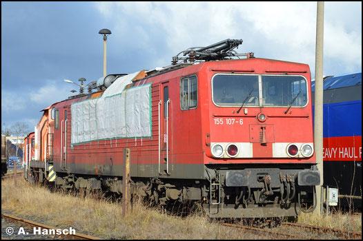 Nach einem Brand der Lok am 16.06.2018 in Lübbenau, ist die Maschine im Werk Cottbus abgestellt worden. Am 12. Februar 2019 verweilt sie immer noch dort