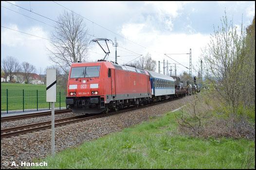 185 264-9 hat am 24. April 2016 den Militärzug M 49185 (Klagenfurt [Österreich] - Gardelegen) am Haken. In Chemnitz-Furth begegnet er mir leider auf dem Gegengleis